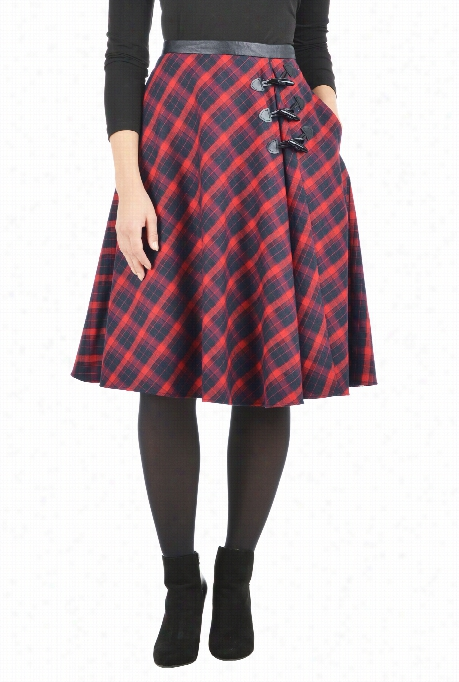 Eshakti Women's Classic Plaid Toggle Skirt
