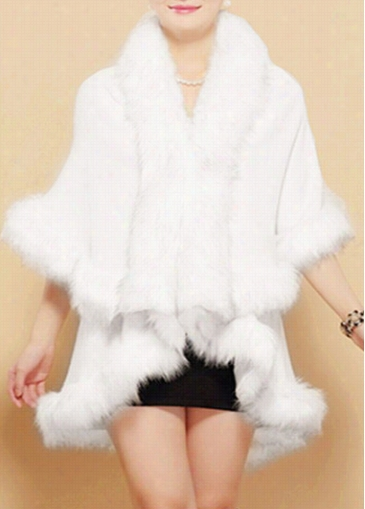 Cloak Design Faux Fur Decorated Coqt