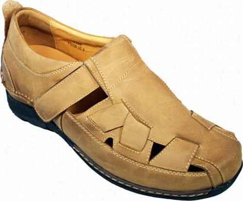 Toto - V12130 - 2.8 Inches Taller (brown) Fisherman Sandals